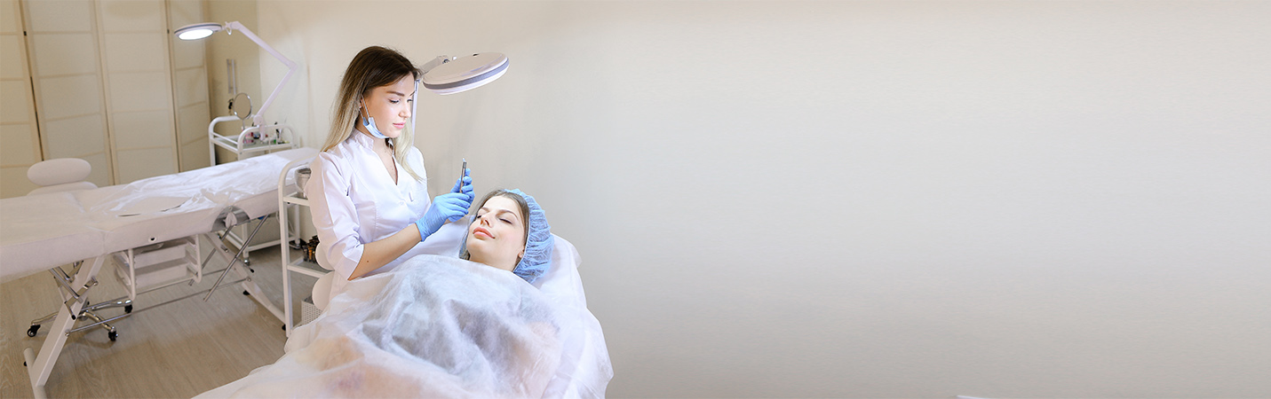 Permanent Makeup Course in Florida